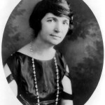 Margaret Sanger. Underwood & Underwood - Library of Congress Prints and Photographs division, reproduction number LC-USZ62-29808.